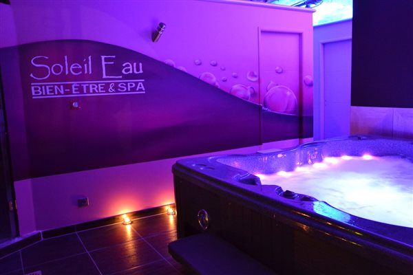 location chambre avec jacuzzi privatif piscine Gorges du ...